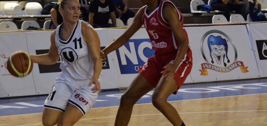 Echipa de baschet feminin s-a întors victorioasă de la Arad