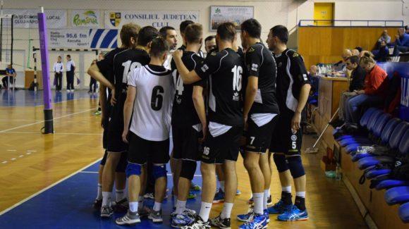 Deplasare la Caransebeș pentru gruparea de volei masculin