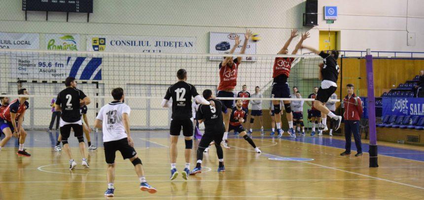 Echipa de volei masculin s-a văzut înfrântă la Ploiești
