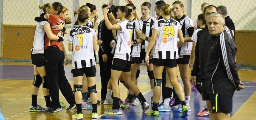 """Handbalistele """"U"""" Cluj iau startul în Liga Națională în deplasare"""