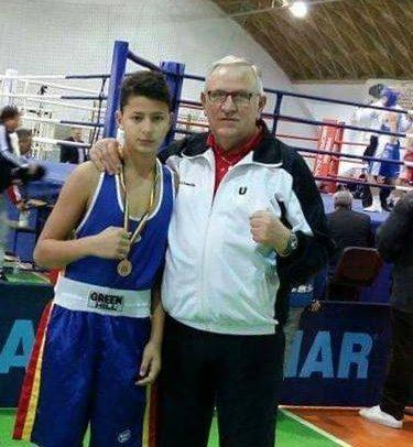 Boxerii universitari se pregătesc de Campionatul European de Cadeți