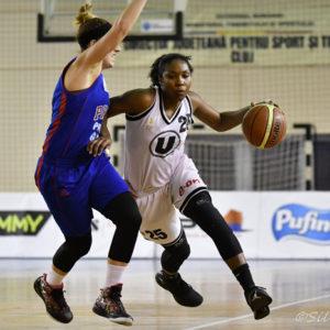 Victorie cu Phoenix Galați pentru baschetbaliste