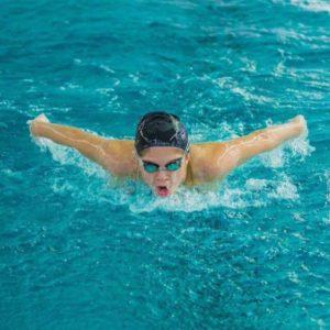 5 medalii în prima zi a Campionatului Național de Înot de la Bacău