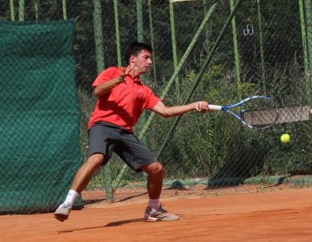 Sportivii de la secția de tenis a CSU Cluj, rămași în cursă la proba de simplu a turneului de la București
