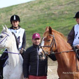 Trei călăreți universitari la etapa zonală de anduranță