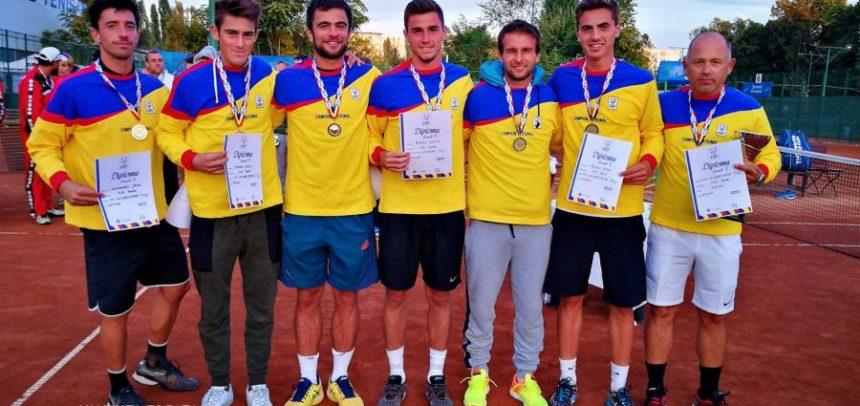Tenismenii s-au întors cu medalia de aur de la CN pe Echipe