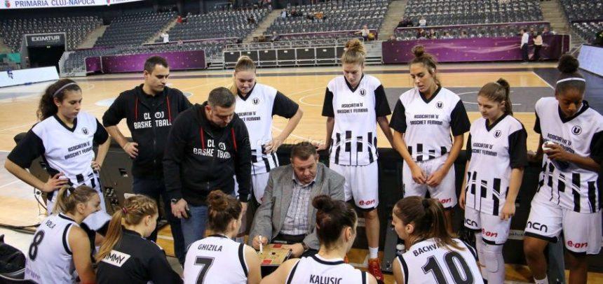 Baschetbalistele joacă joi în sferturile Cupei României