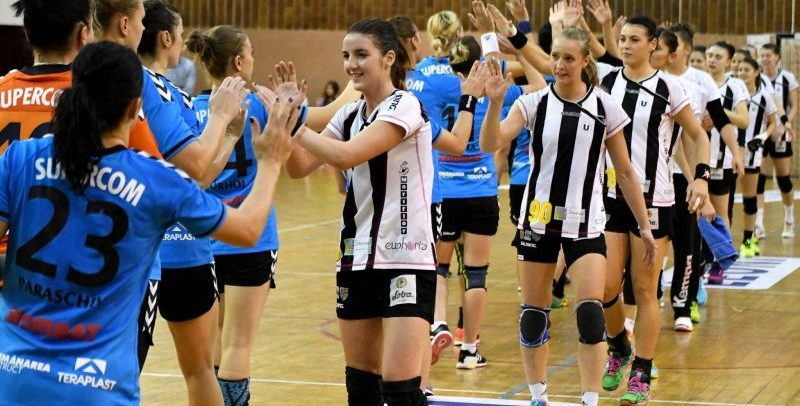 Echipa de handbal feminin, meci de pregătire cu CSM Bistrița