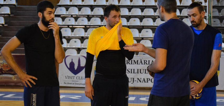Partidă dificilă la Craiova pentru voleibaliști