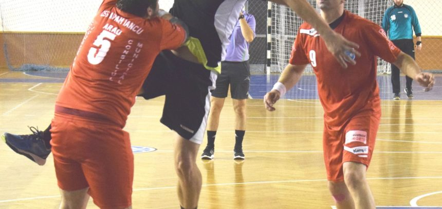 O nouă victorie pentru handbaliști