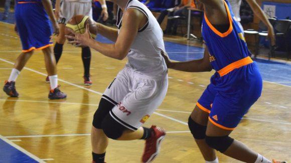 Formația de baschet feminin s-a impus în meciul de la Galați