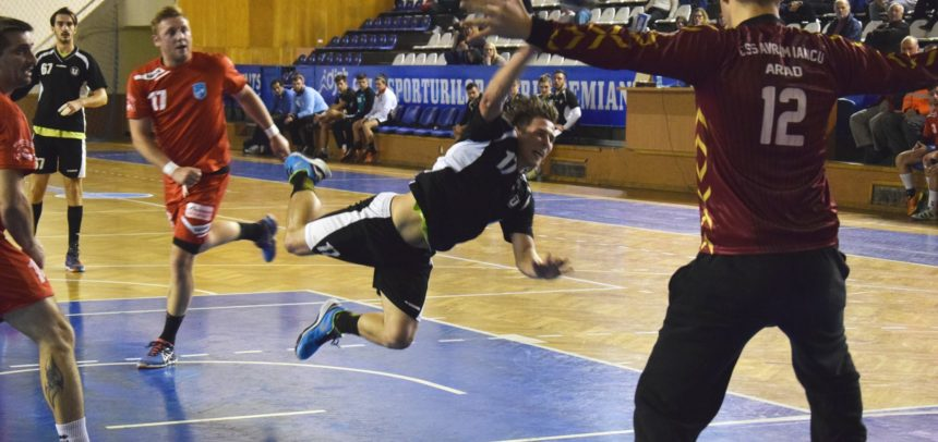 Meci pe teren propriu pentru handbaliști