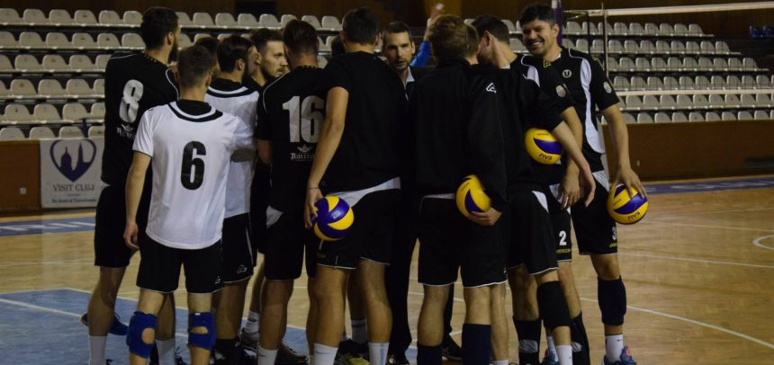 Echipa de volei masculin, victorie pe teren propriu cu Piatra Neamț