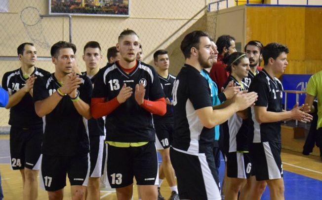 Victorie în ultimul meci acasă pentru handbaliști