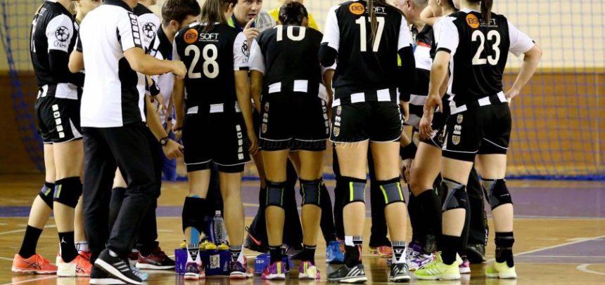 Meci greu pentru handbaliste cu CSM Slatina