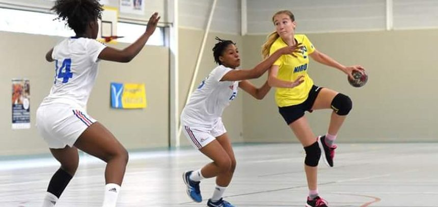 Miruna Pica, noul transfer al echipei de handbal feminin