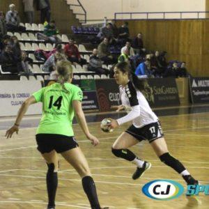 Raluca Petruș se pregătește cu naționala U20
