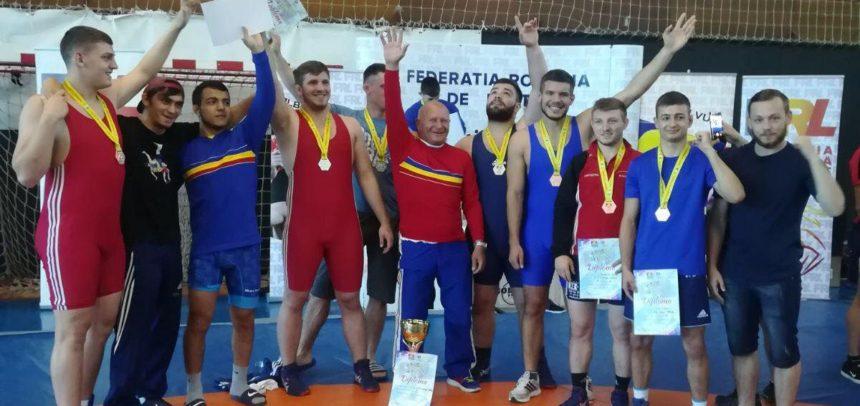 Luptătorii universitari U23 sunt campioni naționali pe echipe
