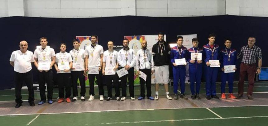 """""""U"""" Cluj, vicecampioană națională la floretă masculin echipe"""