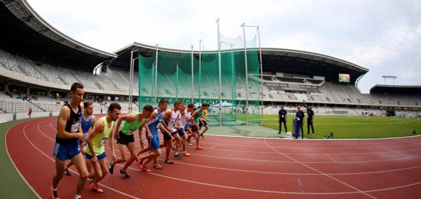 """Trei atleți de la """"U"""" la Campionatul Balcanic de Cros"""