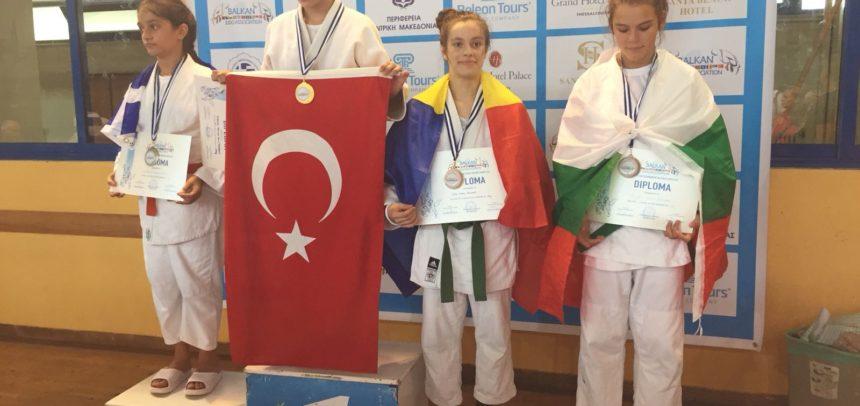 Medalie de bronz pentru judoka Ariana Podea la Campionatul Balcanic