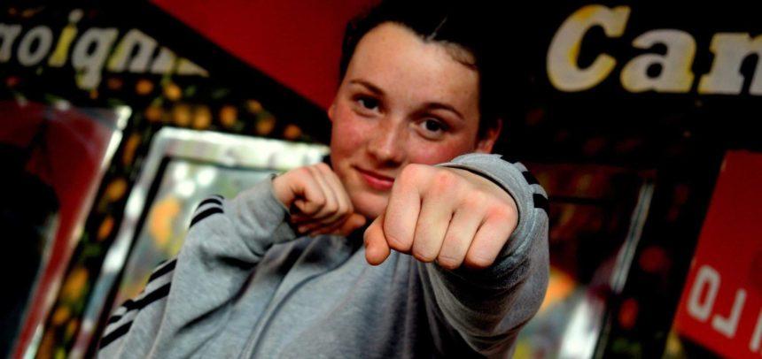 Șase pugiliste universitare boxează la Campionatul Național