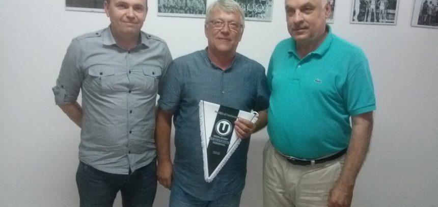 """Președintele Federației Române de Tir Sportiv, în vizită la CS """"U"""" Cluj"""