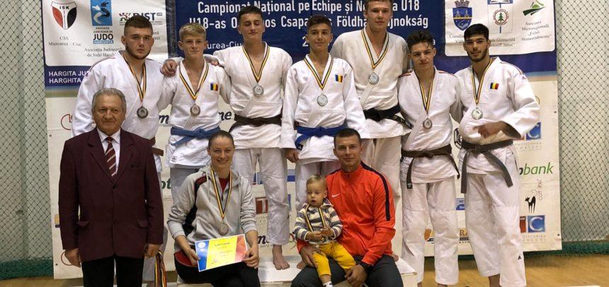 Trei medalii la Campionatul Național de judo U18