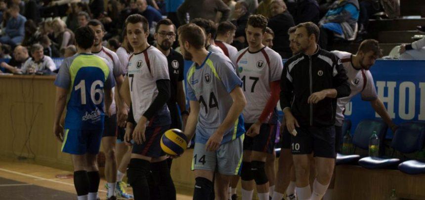 Voleibaliștii joacă la Galați