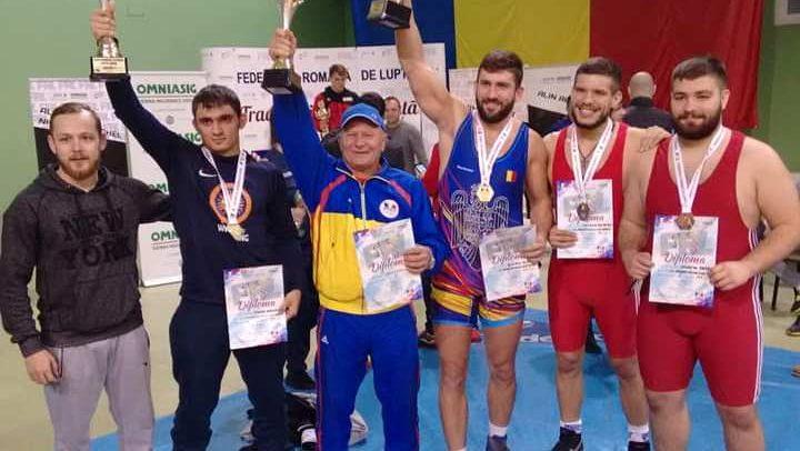 """""""U"""" Cluj, vicecampioană pe echipe seniori"""