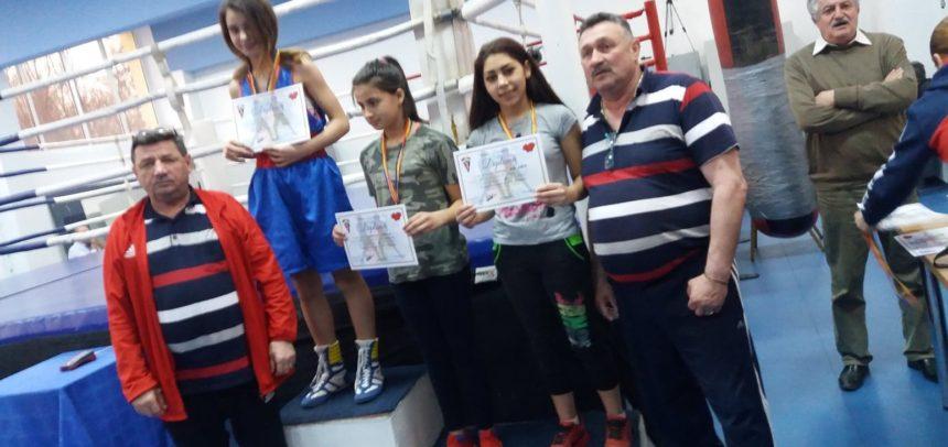 Pugilistele au obținut două medalii de bronz la Cupa României