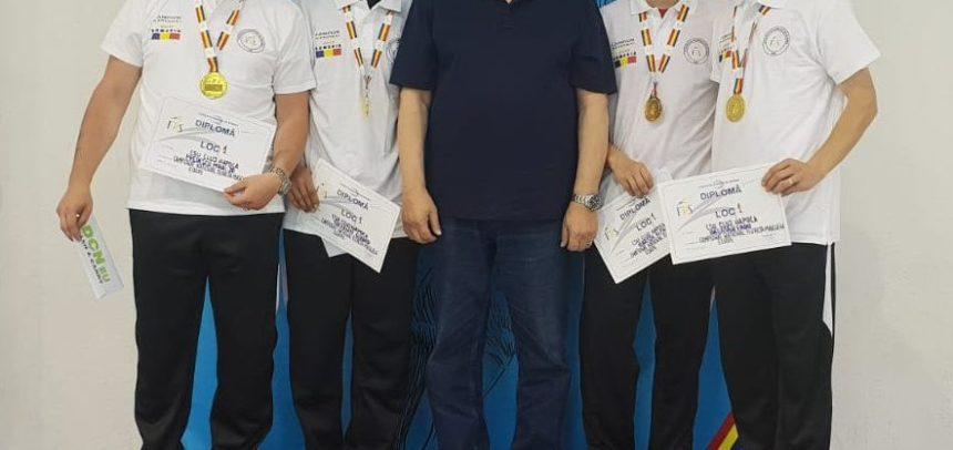 """""""U"""" Cluj, campioană națională la floretă"""