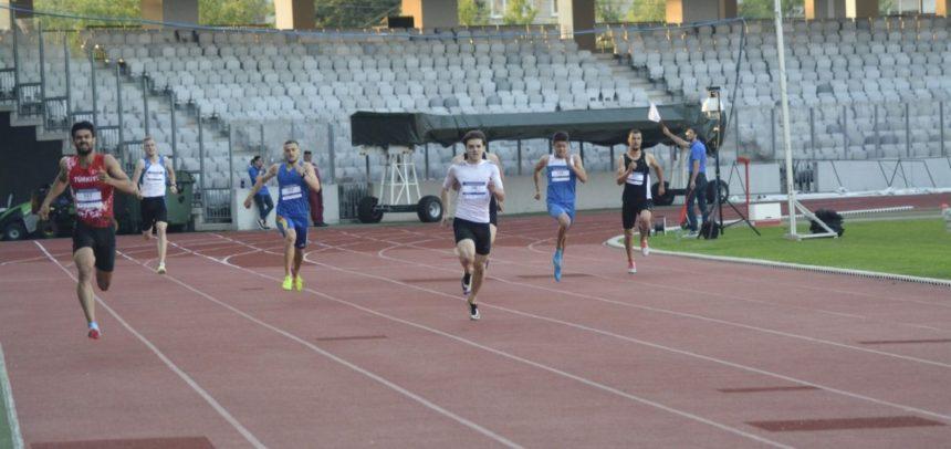 Atleții universitari s-au întors cu medalii de la Pitești