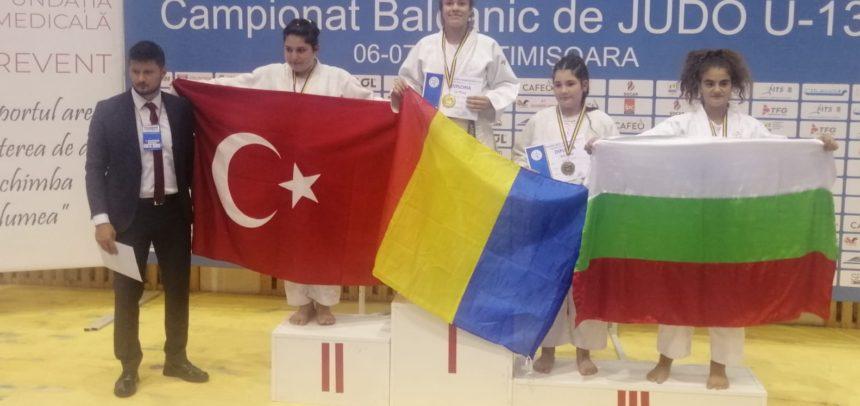 Ariana Podea, campioană balcanică la categoria +57
