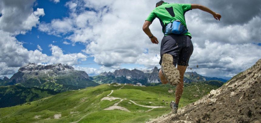 """Cinci atleți de la """"U"""" participă la CN Alergare montană distanță lungă"""