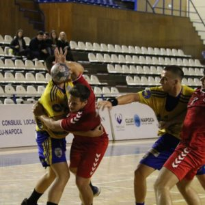 Handbaliștii au obținut a treia victorie stagională