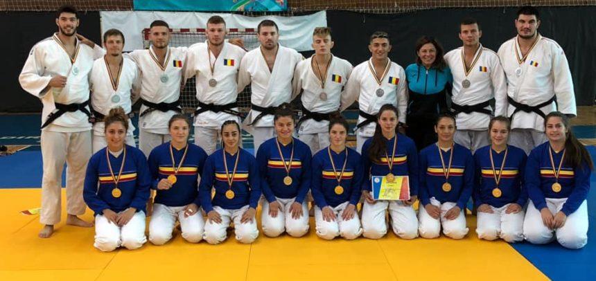 """CS """"U"""" Cluj, campioană națională pe echipe feminin"""