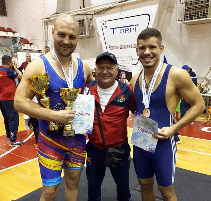 Petruț Moigrădean - foto dreapta