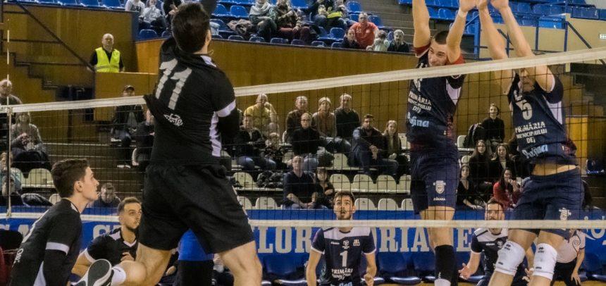 """Voleibaliștii """"U"""" Cluj joacă astăzi cu Unirea Dej"""