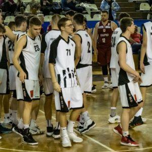 """Meciuri succesive la Ploiești pentru baschetbaliștii """"U"""""""