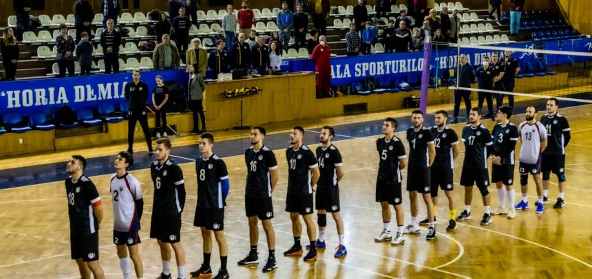 Deplasare la Craiova pentru voleibaliști