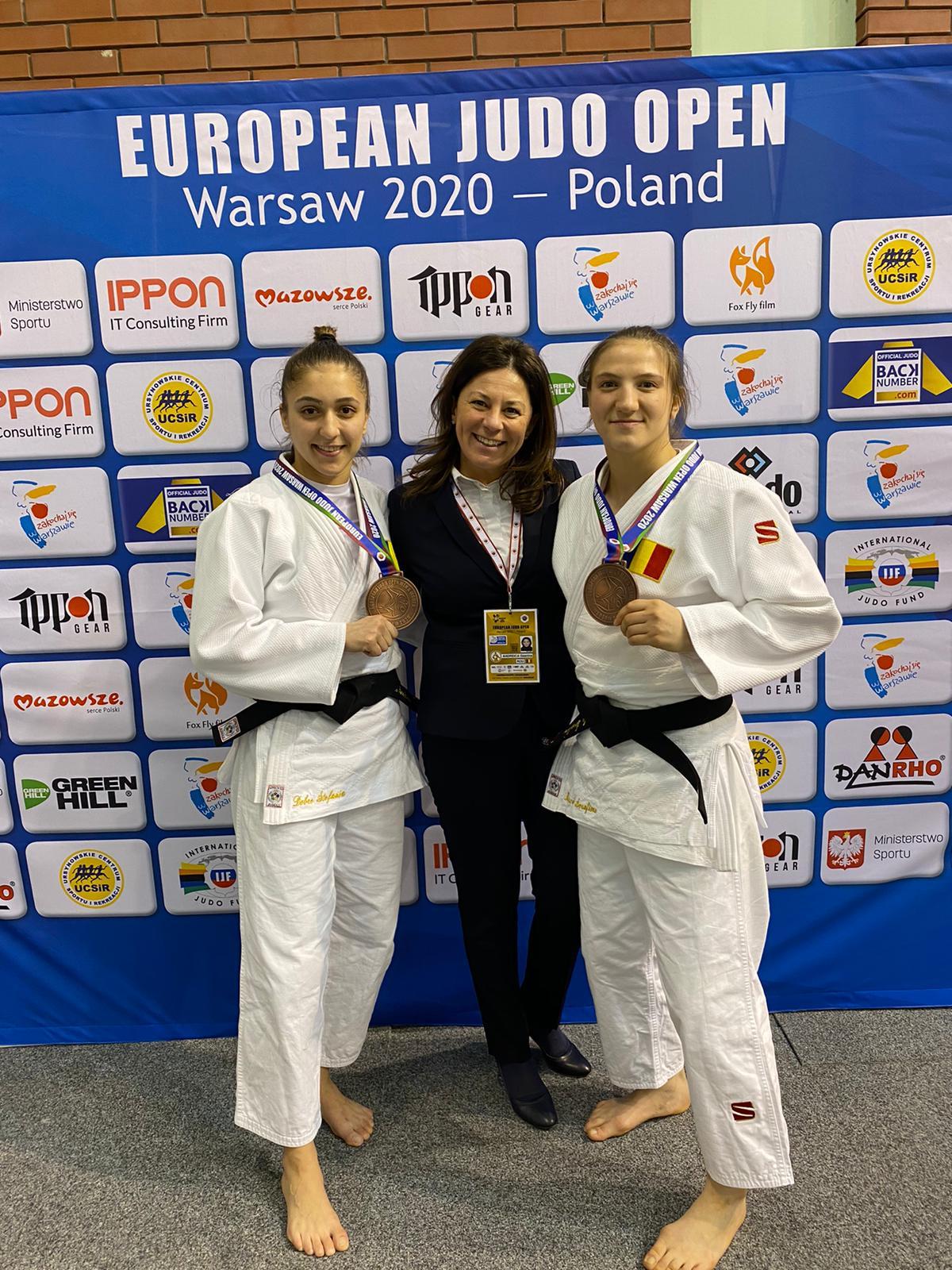 Ștefania Dobre, Gianina Andreica, Serafima Moscalu