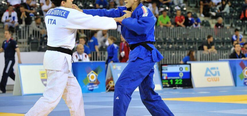 """Cinci judoka de la """"U"""" la europeanul de la Praga"""