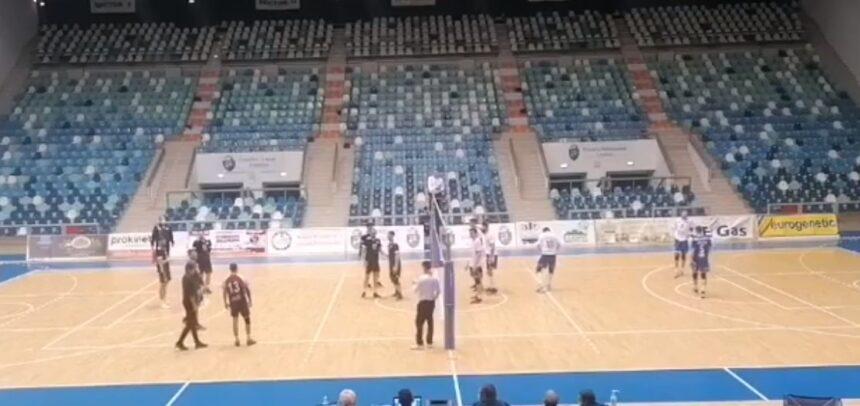 Voleibaliștii au luat un set la Craiova