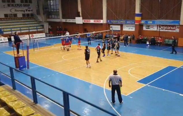Voleibaliștii joacă la Dej primul turneu din faza a II-a