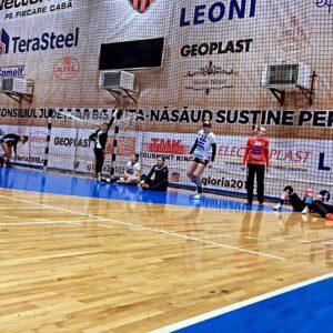 """Meciuri amicale pentru handbalistele """"U"""" Cluj"""