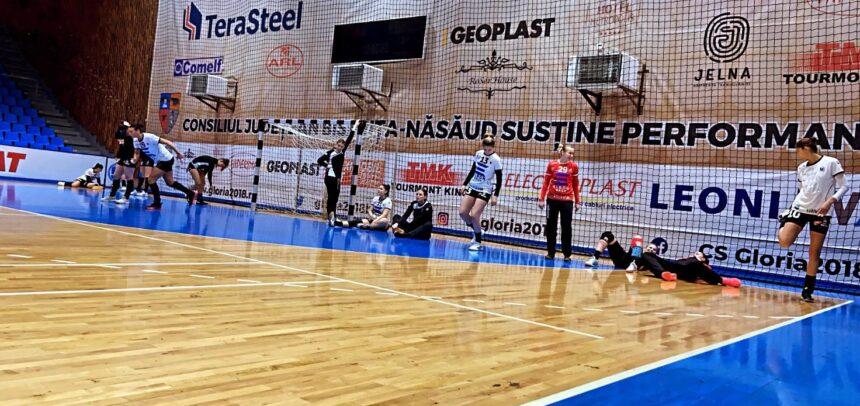 """Gloria Bistrița – """"U"""" Cluj, 27-26 (13-14)"""