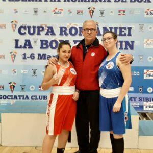 Două medalii de bronz la box