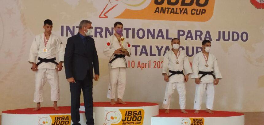 Medalie de aur pentru Alex Bologa în Turcia
