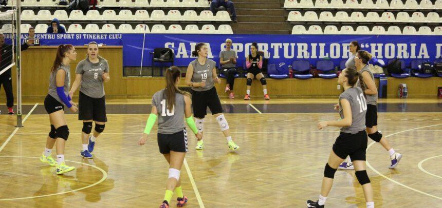 Fetele de la volei în fața debutului în noul sezon
